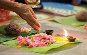Karkidaka Vavu is a ritual dedicated to dead ancestors performed by Hindus in Kerala.