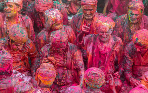 The second day of the festival known as 'Rangwali Holi' is the famous day when people throw coloured powder at each other.