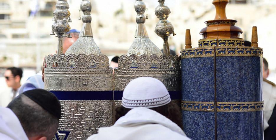 Simchat Torah around the world in 2022